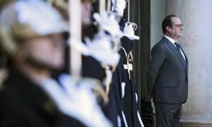 Олланд: санкции с России могут быть сняты после проведения легитимных выборов в Донбассе