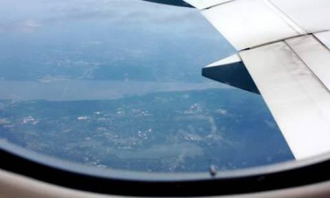 Εσείς ξέρετε γιατί τα παράθυρα των αεροπλάνων είναι στρογγυλά;