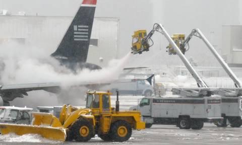 ΗΠΑ: Η American Airlines ακυρώνει εκατοντάδες πτήσεις λόγω χιονοθύελλας