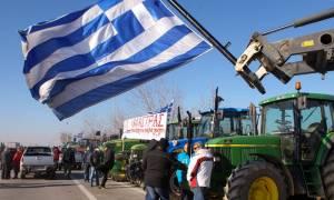 Μπλόκο των αγροτών στην κυβέρνηση - «Κόβουν στα δύο» την Ελλάδα