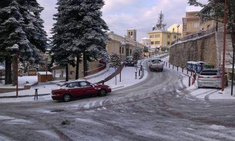 Καιρός: Πού θα «χτυπήσει» η κακοκαιρία τις επόμενες ώρες - Χιόνια και στην Αθήνα, λέει η ΕΜΥ