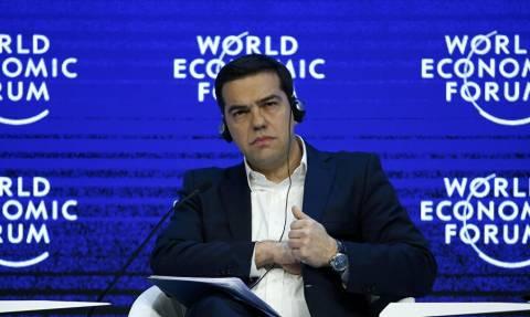 Ο Τσίπρας στο Νταβός: Το παρασκήνιο ενός διαπραγματευτικού Βατερλώ