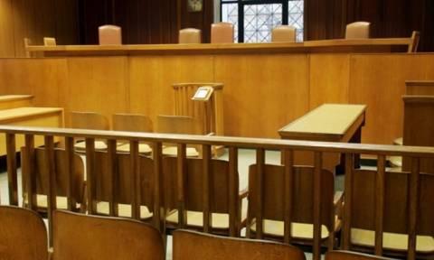 Παρατείνουν πανελλαδικά την αποχή τους οι δικηγόροι έως την 1 Φεβρουαρίου