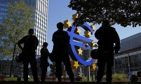 ΕΚΤ: Υποβαθμισμένες προσδοκίες για πληθωρισμό και ανεργία