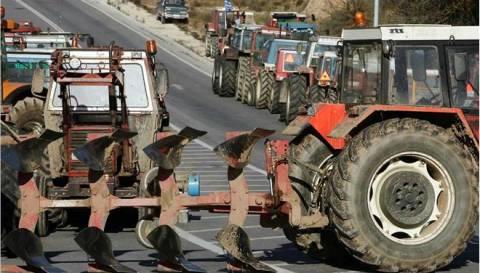 Μπλόκα αγροτών: Μεταλλωρύχοι και άλλες επαγγελματικές ομάδες στο πλευρό των αγροτών