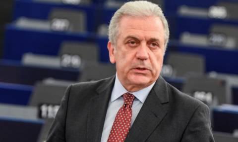 Ο Αβραμόπουλος διαψεύδει τους FT: Κανένα ζήτημα αποπομπής της Ελλάδας από Σένγκεν