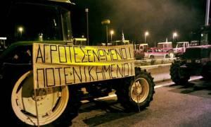 Αγροτικές κινητοποιήσεις: Σε δύο χωριστά μπλοκ, ένα στα Τέμπη ένα στη Νίκαια
