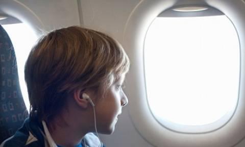 Γιατί τα παράθυρα των αεροπλάνων είναι οβάλ