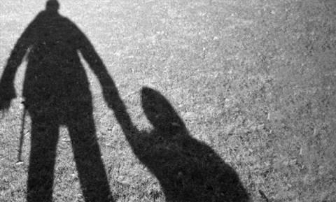 Θρίλερ με νέα υπόθεση αρπαγής παιδιών από τον πατέρα τους