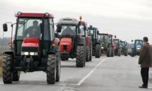Αιφνιδιαστικό μπλόκο αγροτών στην εθνική οδό Ιωαννίνων-Κακκαβιάς