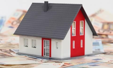 Κόκκινα δάνεια: Αντίστροφη μέτρηση για πλειστηριασμούς πρώτης κατοικίας
