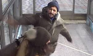 Συνελήφθη ο άνδρας που έφτυσε και χτύπησε γυναίκα στο μετρό της Στοκχόλμης