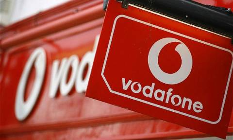 Στα καταστήματα Vodafone τα νέα Samsung smartphones (pic)