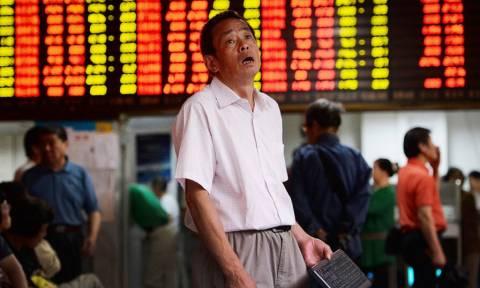 Σε χαμηλό 14 μηνών οι κινεζικές μετοχές
