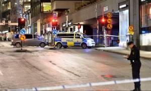 Σε συναγερμό η Σουηδία έπειτα από ισχυρή έκρηξη σε εμπορικό κέντρο (video)