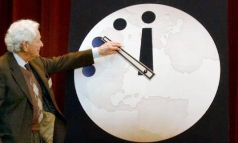 Δείτε τι έδειξε το «ρολόι της Αποκάλυψης» για την καταστροφή του κόσμου