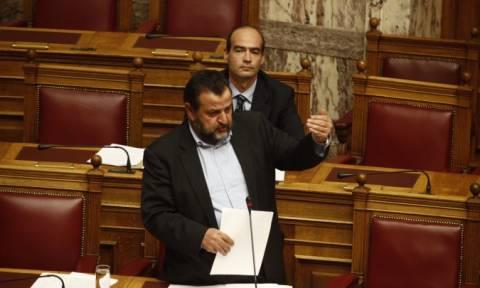 Άγριος καβγάς Κεγκέρογλου με Φάμελο στη Βουλή