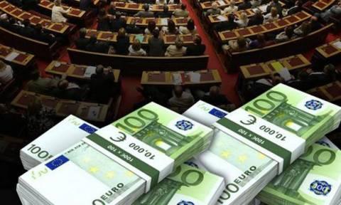 Χρηματοδότηση κομμάτων: 4,5 εκατομμύρια στα κόμματα την ώρα που ο λαός πεινάει