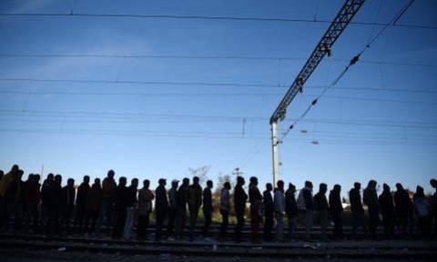 Άνοιξε η διάβαση για τους πρόσφυγες στην ουδέτερη ζώνη Ειδομένης-Γευγελής