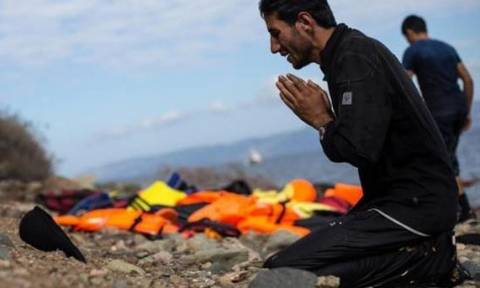 У берегов Самоса затонула лодка с беженцами, погибли 12 человек