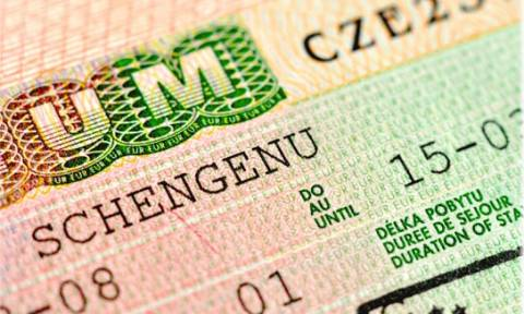 Σε ετοιμότητα το σύστημα έκδοσης βίζας για πολίτες εκτός ΕΕ