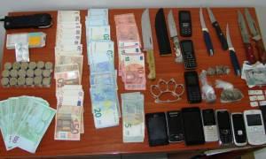 Εξαρθρώθηκε πολυμελής σπείρα διακίνησης ναρκωτικών στον Πύργο