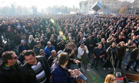 Εντυπωσιακό βίντεο: Το συλλαλητήριο των αγροτών στην Agrotica από ψηλά