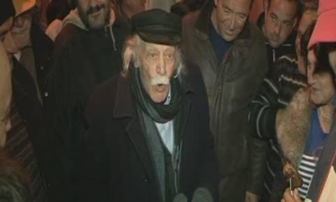 Γλέζος: «Ζητώ συγνώμη από τον ελληνικό λαό γιατί εμπιστεύθηκα τον Τσίπρα» (photos + video)