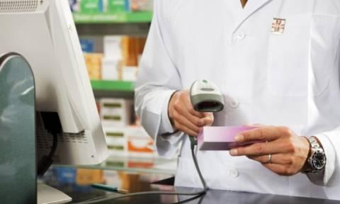 Επανέρχεται το πληθυσμιακό κριτήριο για τις άδειες φαρμακείων