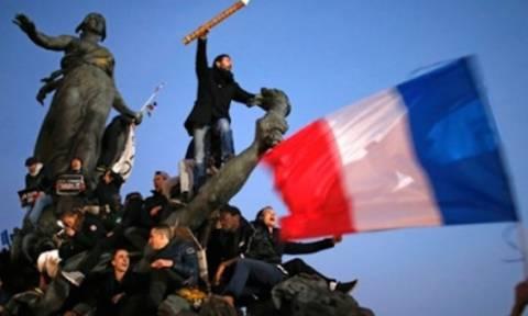 Γαλλία: Χιλιάδες διαδηλωτές στους δρόμους κατά της κατάστασης έκτακτης ανάγκης