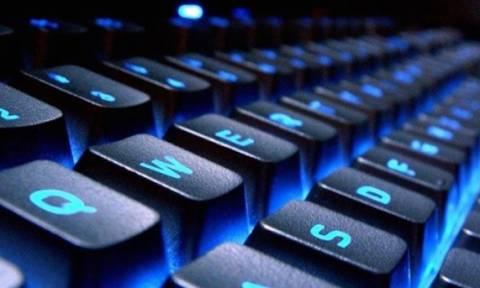 Ξέρετε γιατί τα γράμματα στο πληκτρολόγιο είναι… ανακατεμένα;