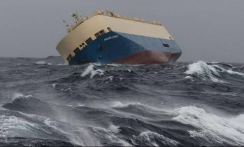Αντίστροφη μέτρηση για την πρόσκρουση του «Modern Express» στις γαλλικές ακτές (Vid)