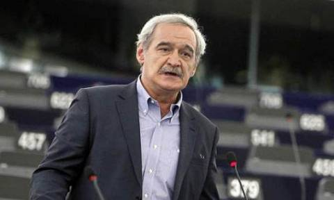 Χουντής: Θα επιστραφούν τα χρωστούμενα από τις υπεραξίες των ελληνικών ομολόγων;
