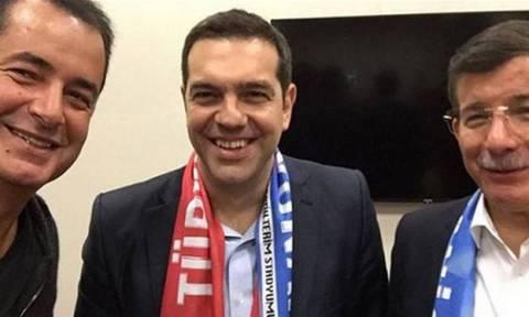 Τούρκος καναλάρχης: Συναντήθηκα με τον Τσίπρα για να πάρω κανάλι στην Ελλάδα