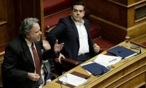 «Πυροσβεστική» παρέμβαση Τσίπρα και Κατρούγκαλου σε ΚΟ και Πολιτική Γραμματεία