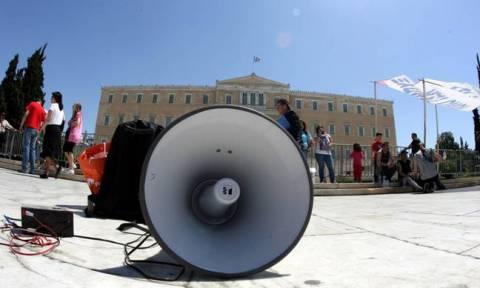 Απεργία 4 Φεβρουαρίου: Η κοινωνία στα... κάγκελα και το Μαξίμου σε αφασία