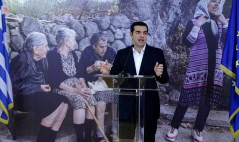 Η Αθήνα στην «πρέσα» ο Τσίπρας στο Λονδίνο