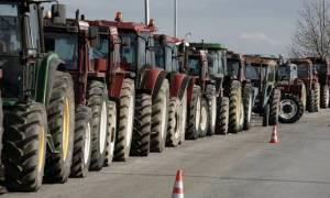 Μπλόκα αγροτών: Κλειστές οι εθνικές οδοί σε Ισθμό και Νεστάνη - Ατελείωτο το ταξίδι