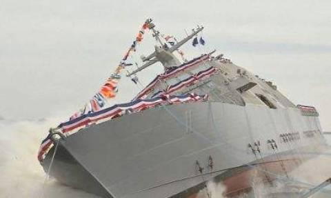 Εντυπωσιακή καθέλκυση Πολεμικού Πλοίου (video)