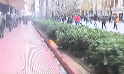 Δείτε live – Σοβαρά επεισόδια στο κέντρο της Αθήνας