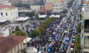 Απεργία: «Βούλιαξε» η Σπάρτη - 500 τρακτέρ και χιλιάδες πολίτες στους δρόμους (pics+video)