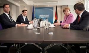 Τσίπρας σε Μέρκελ: Οι Θεσμοί καθυστερούν σκόπιμα, να ολοκληρωθεί η αξιολόγηση