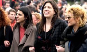 Τραγούδι όλο νόημα της Ζωή στον… Αλέξη (video)