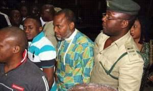 Νιγηρία: Πέντε ναυτικοί κρατούνται όμηροι από έναν «αυτονομιστή» μαχητή της Μπιάφρας