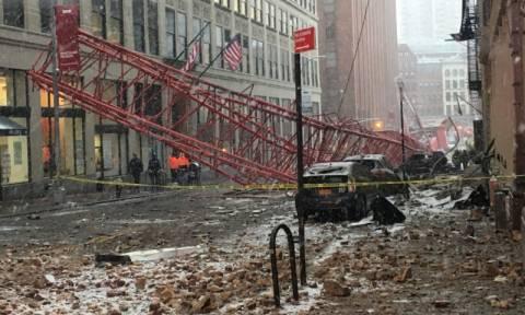 «Φονικός» γερανός σπέρνει τον τρόμο στην καρδιά της Νέας Υόρκης – Δείτε το συγκλονιστικό βίντεο