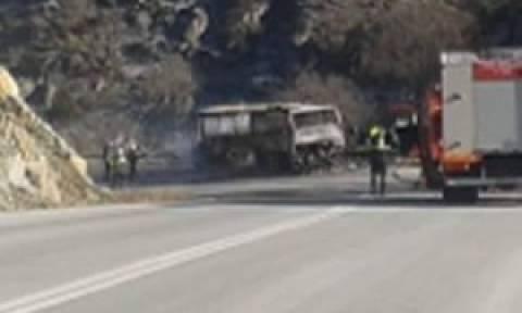 Κοζάνη: Φωτιά σε λεωφορείο που μετέφερε Αλβανούς στην Αθήνα