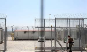 Ανοίγουν ξανά την Αμυγδαλέζα και άλλα έξι Κέντρα Κράτησης Μεταναστών