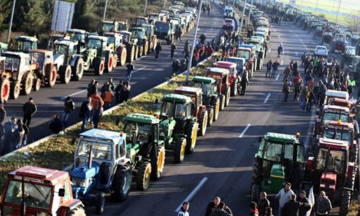 Οι αγρότες άνοιξαν τα μπλόκα στη Φθιώτιδα