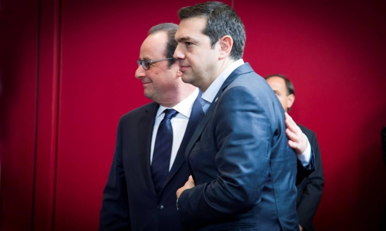 Τελευταία ελπίδα του Τσίπρα η συνάντηση με τον Ολάντ;
