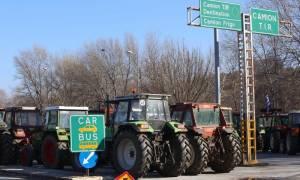 Μπλόκα αγροτών: Ποιοι δρόμοι είναι κλειστοί σήμερα Δευτέρα